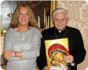 Vassula in a private meeting with Cardinal Ratzinger shortly before he became Pope. The meeting was the conclusion of the fruitful dialogue that took place